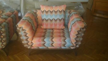 Alzehoomar ailesinin renkli oturma odası seçimi - Thumbnail