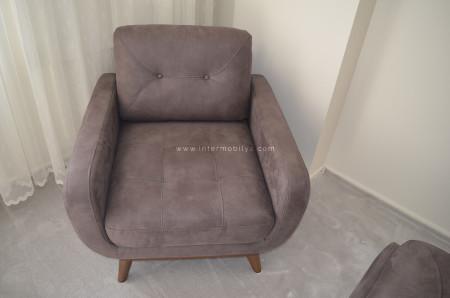 - Yağlı ailesinin antrasit renkteki mekanizmalı koltuk takımı (1)