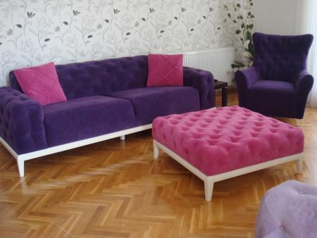 Gündüz ailesinin renkli ve keyifli chester koltukları