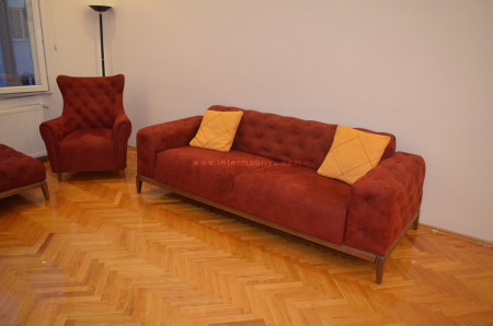 Dörtkol ailesinin bordo nubuk renkli chester koltuk takımı (1)