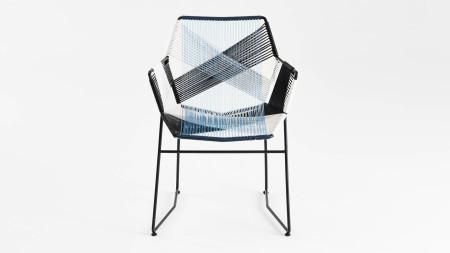 Sekizgen Renkli Örgülü Siyah Metal Kollu Sandalye (1)