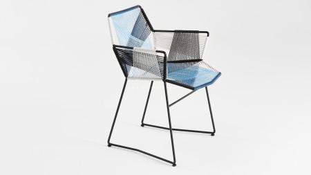 Sekizgen Renkli Örgülü Siyah Metal Kollu Sandalye