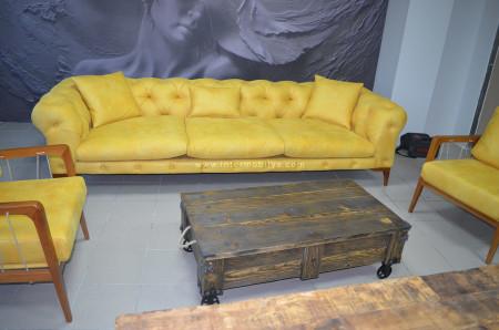 Ahşap bütünlüğün sarıyla canlandırıldığı Acar Ofis (1)